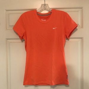 Nike Dri-Fit Cotton Tee 🧡